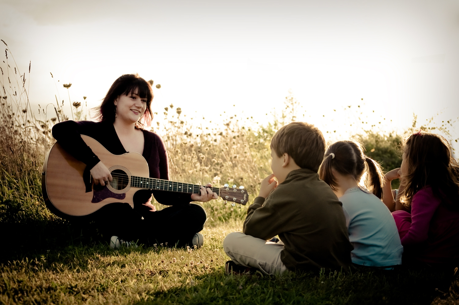 nurturing a child s love of music learn to play. Black Bedroom Furniture Sets. Home Design Ideas