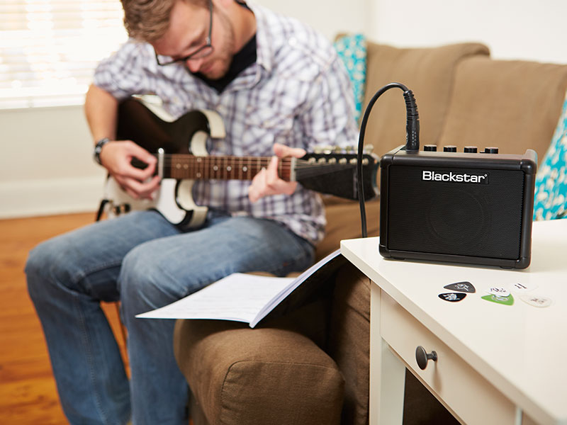 how to play with multiple amps